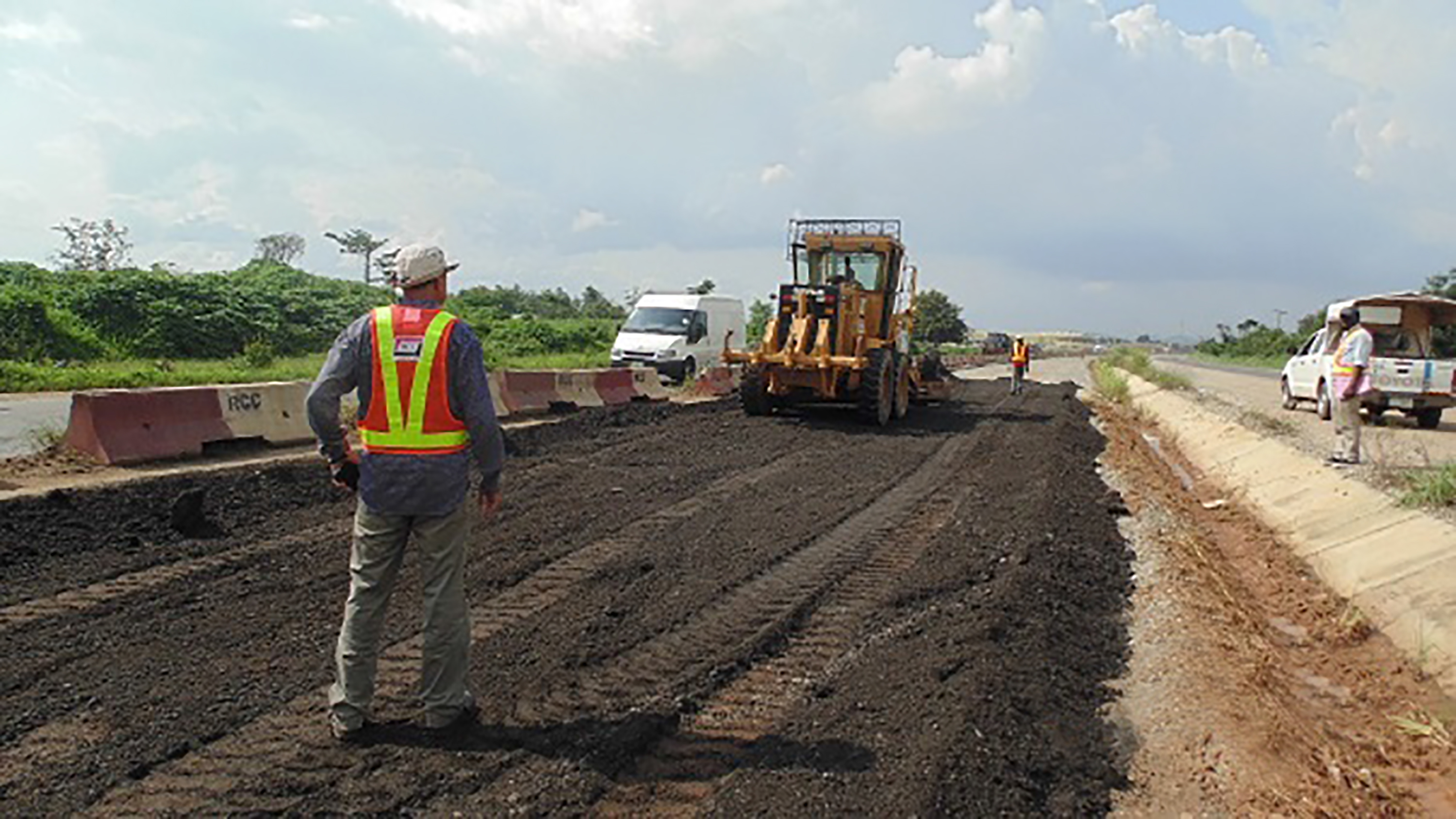 Contractor Narrates How Govt Agency Offered Him N300,000 To Fix an N8m Budget Road