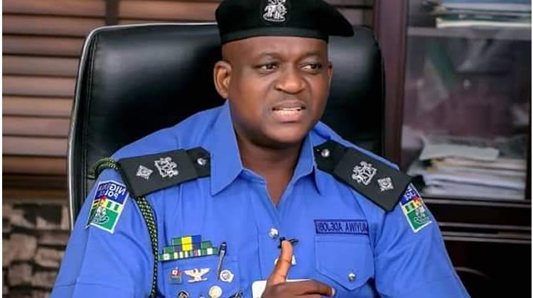 Lagos CP Gets Proposal for Police to Start Wearing Hangable Pocket IDs