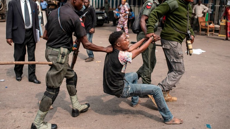 'Lawyers NowNow': Poor Nigerians Brutalised by Police Can Now Access Free Lawyers