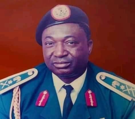 Dogoyaro, Lt-Gen Who Read Speech That Overthrew Buhari, Is Dead