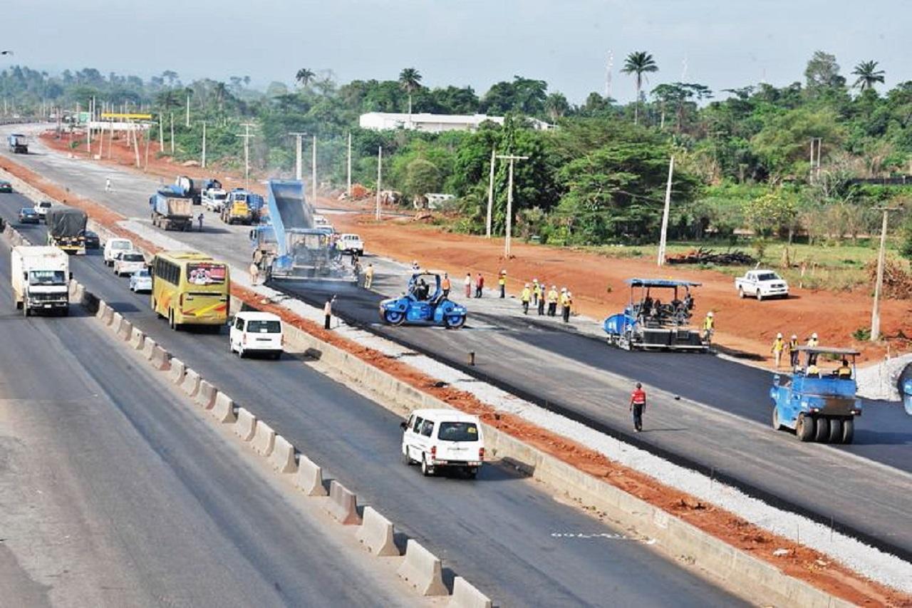 13 Die as Overspeeding Bus Rams into Truck on Lagos-Ibadan Expressway